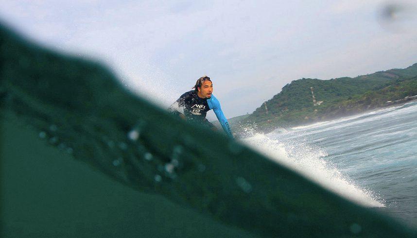 Surf à El Sunzal au Salvador