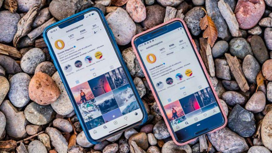 iPhone Xs Max et Google Pixel 3 posés sur des cailloux