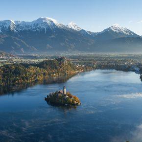 Courir autour du lac de Bled en Slovénie