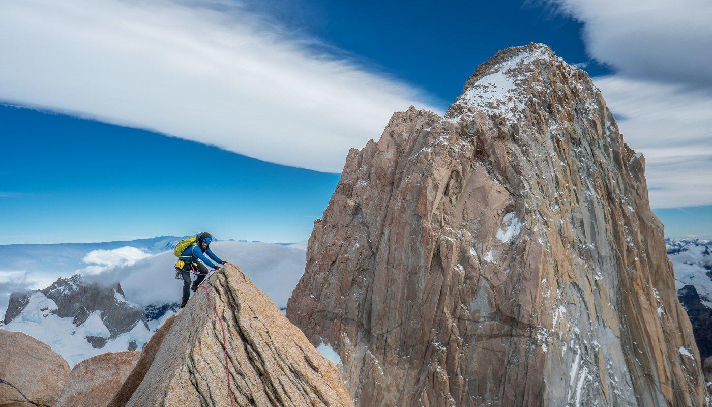 Jim Reynolds sur une crête en Patagonie