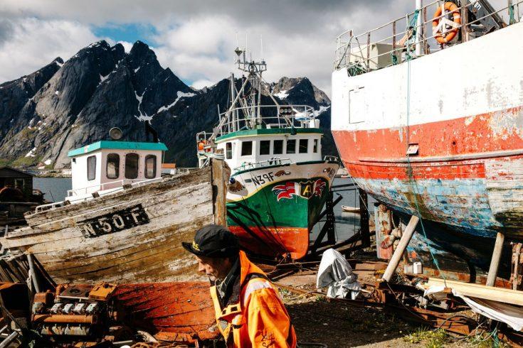 Un port de pêche dans les îles Lofoten en Norvège