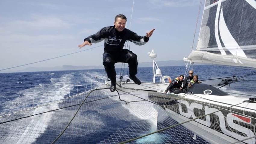 Les 5 corsaires de l'Hydroptere pour le record du monde du Pacifique