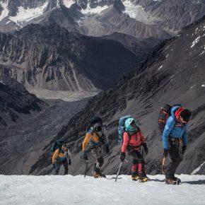 Première ascension d'un sommet de 7500m par des femmes afghanes