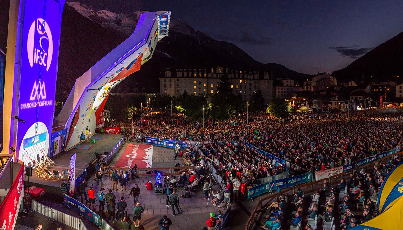 La Place du Mont Blanc à Chamonix pendant l'épreuve de difficulté