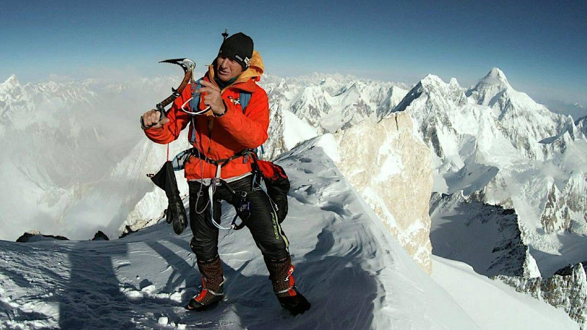 Denis Urubko au sommet du G2