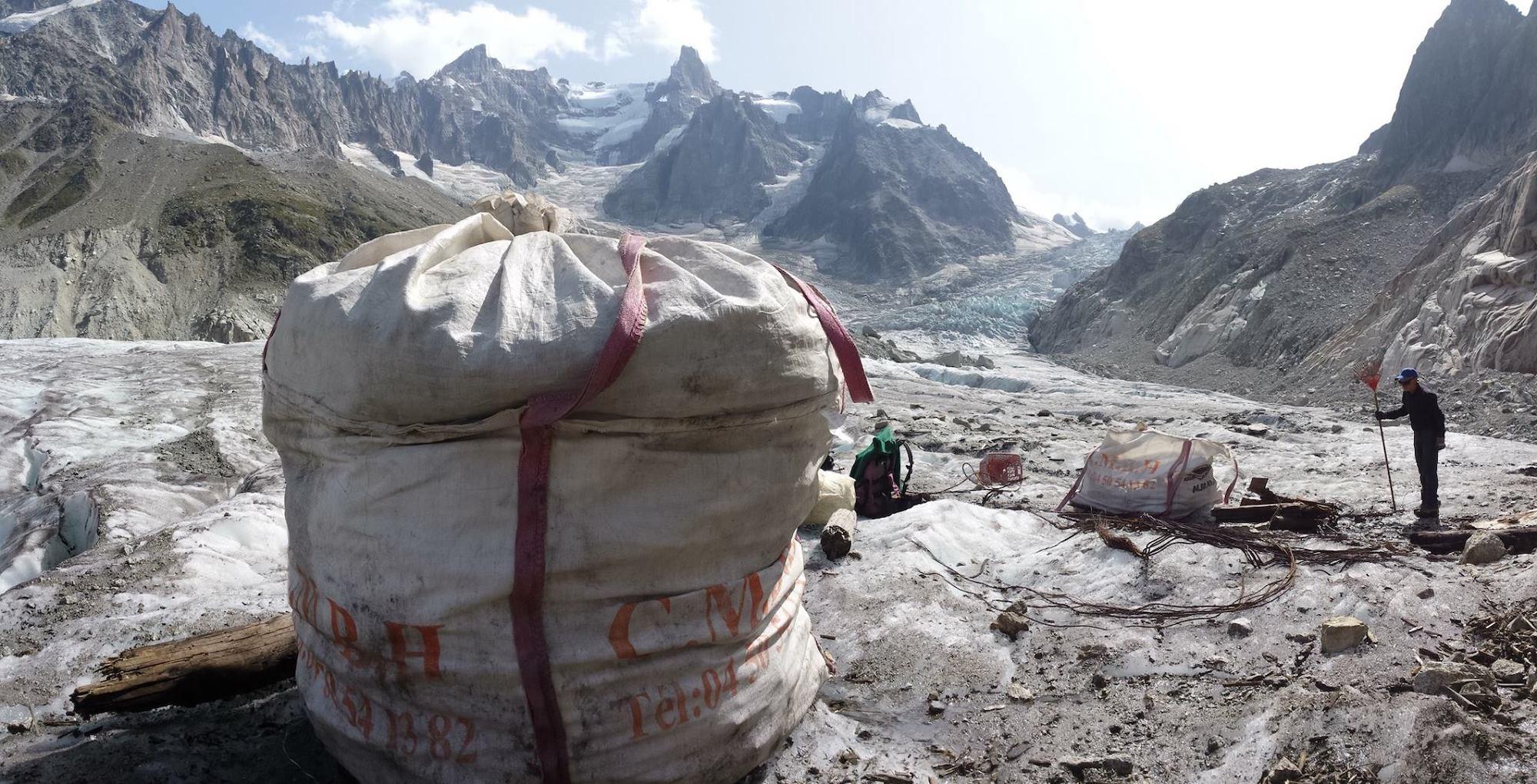 Déchets de chantier en montagne, Alpes Mer de glace