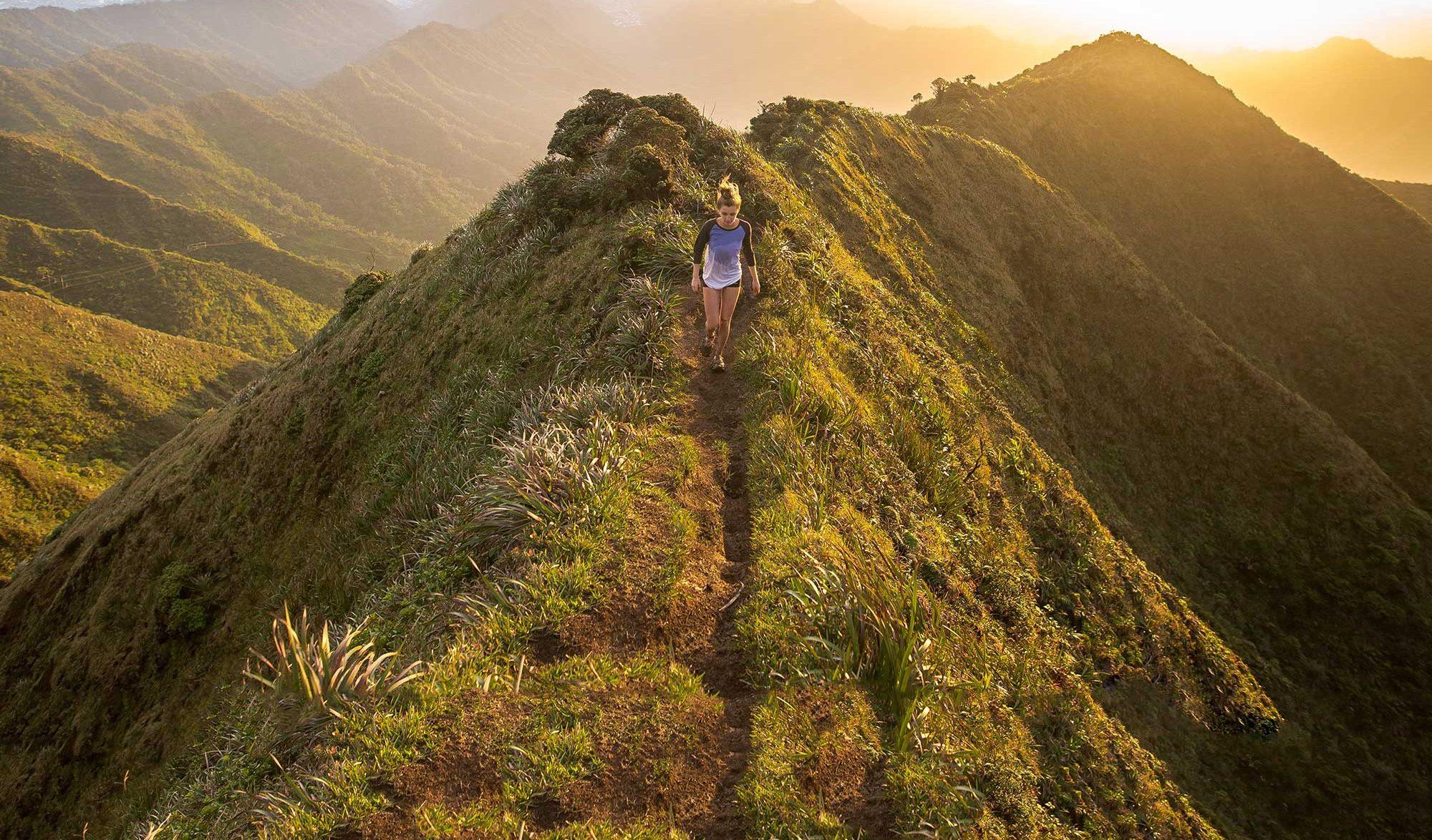 Randonner : 7 exercices pour se préparer à tous les sentiers