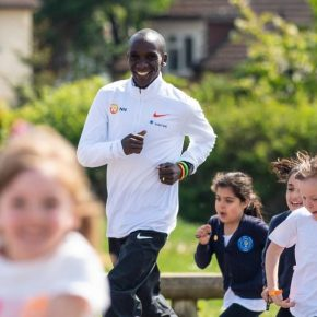 Eliud Kiphoge, ambassadeur du programme The Daily Mile