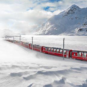 Train panoramique suisse