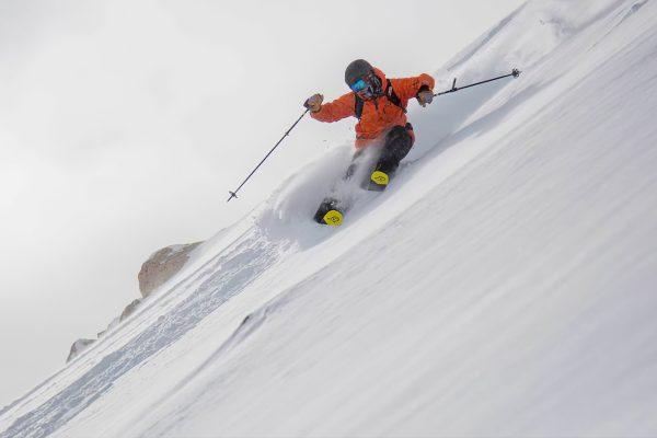Wndr Alpine skis