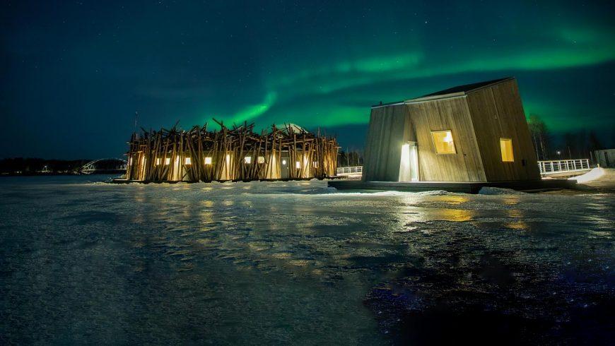 Polar Plunge Hotel