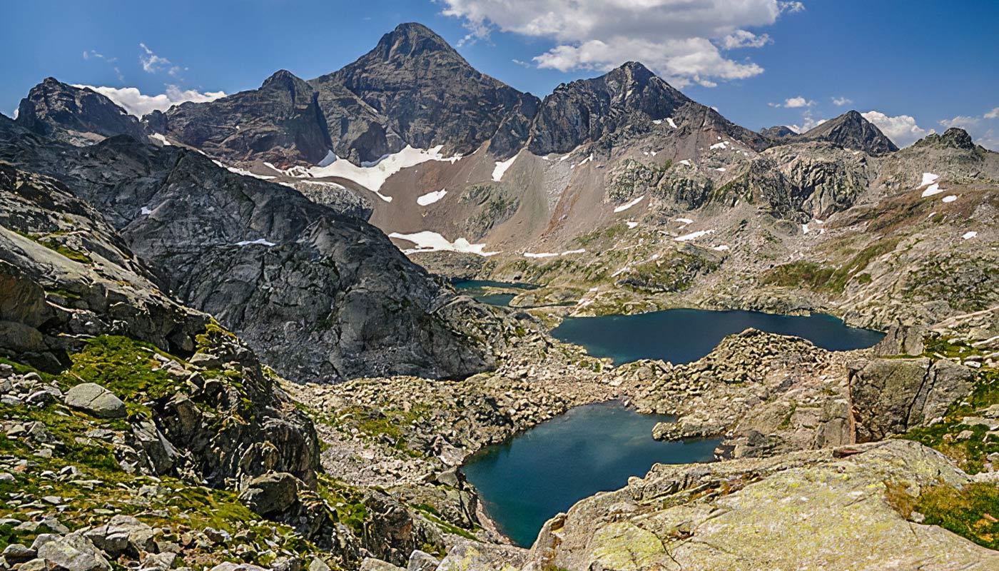 Lac d'Arrémoulit dans les Pyrénées