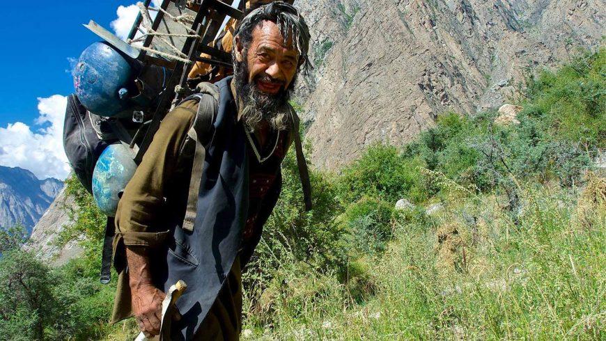 Porteur Pakistanais au Karakoram