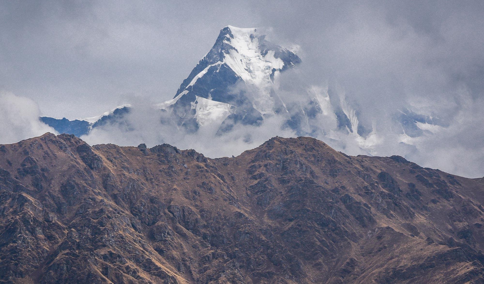 Nanda Devi (7 816 m) dans la région de l'Uttarakhand en Inde