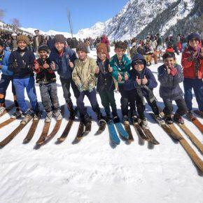 Zom Connection - Au Pakistan, ces enfants formés au ski et au sauvetage