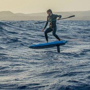 "Film ""L'albatros"" : Ludovic Pulo, waterman, renaître grâce à la mer"