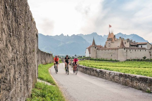 Cyclotourisme dans la région de Aigle, canton de Vaud en Suisse