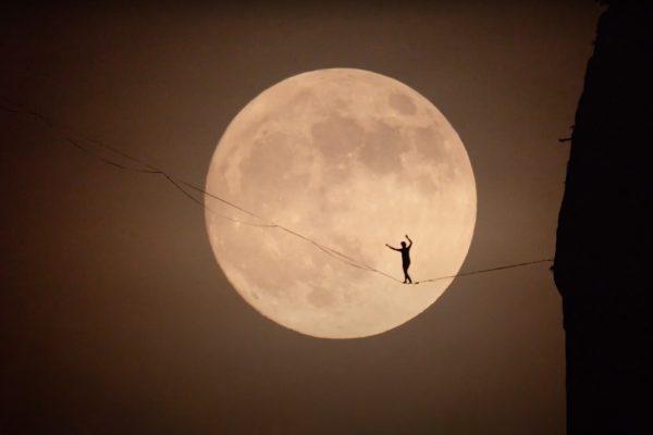 Highline en Navarre objectif Lune