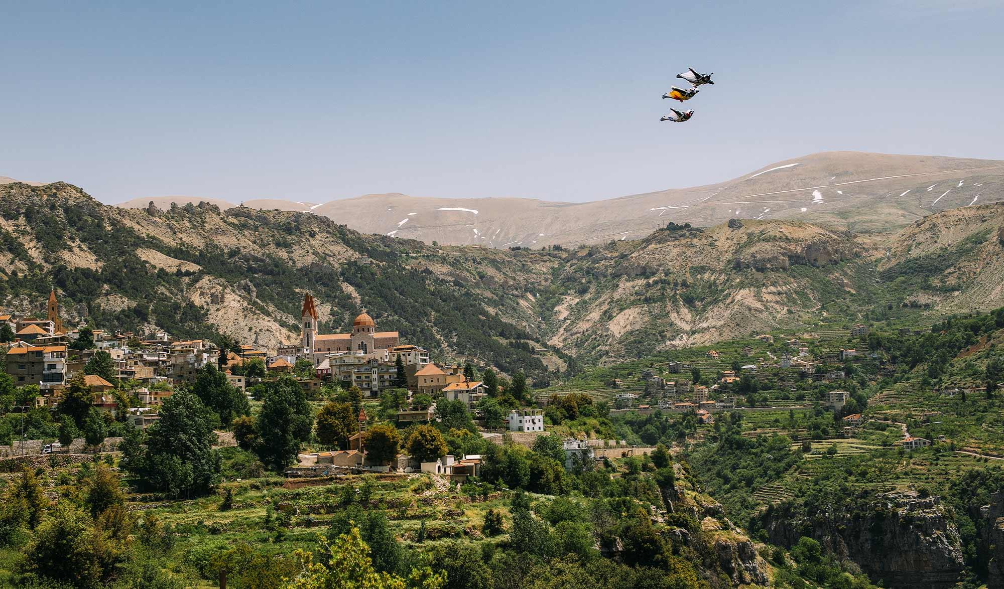 Fred Fugin Soul Flyers saut en wingsuit au Liban