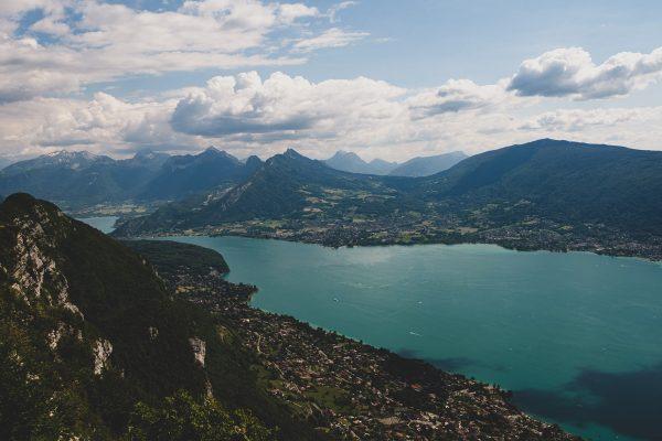 Lac d'Annecy vue depuis le Mont Veyrier