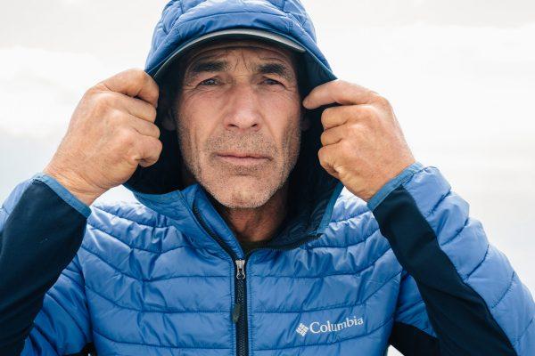 Portrait Mike Horn dans les montagnes Suisses